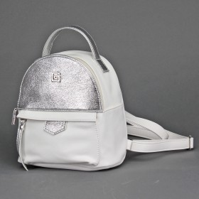 Сумка женская искусственная кожа GR-1612    (рюкзак-мини) ,    1отд,    2внут+1внеш карм,    белый+серебро