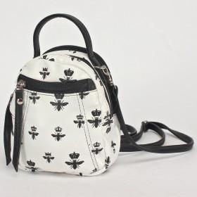 Сумка женская искусственная кожа GR-16627    (рюкзак-мини) ,    2отд,    1внеш карм,    белый    (Мотыльки)
